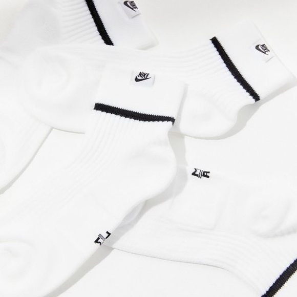6c0b40212 Nike Accessories | Offers Only Snkr Sox Essential Qtr Sock 2pr ...